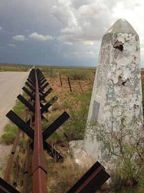 Up Close with U.S.-Mexico Border Barriers: A Photo Exhibit by Kenneth Madsen