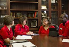 newark/uploads/MPR-ssc/Advising Staff/advising_0011_cropped.jpg