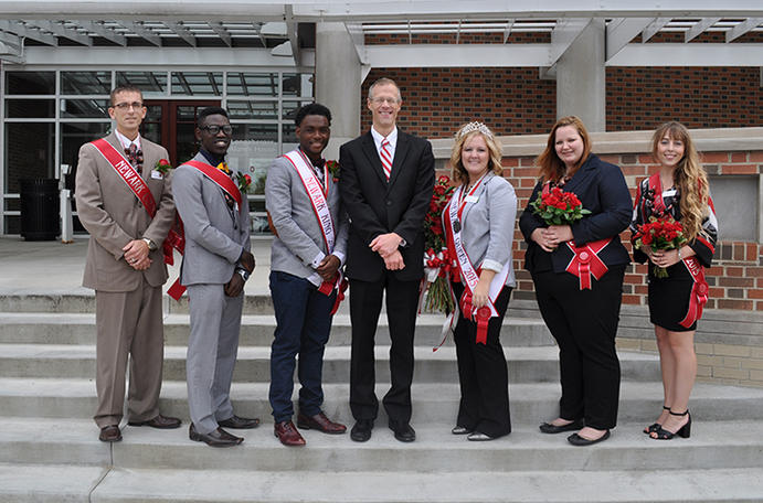 2015 Homecoming court with Dr. William MacDonald, Dean/Director